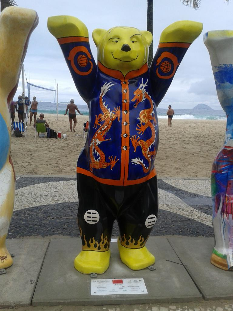 Urso da China - United Buddy Bears no RJ