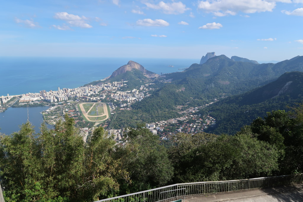Vista trem do corcovado